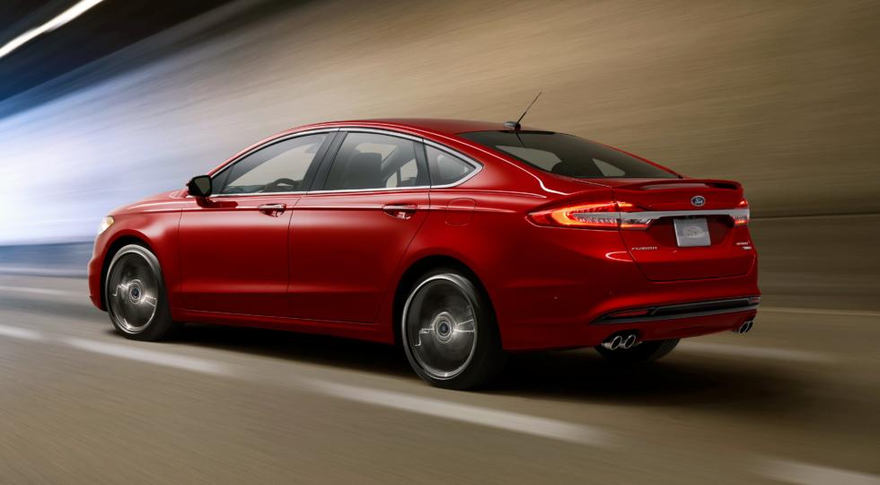 Полноприводный Ford Mondeo «подкупает ценой»