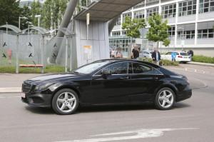 Появились шпионские фото рестайлингового Mercedes-Benz CLS