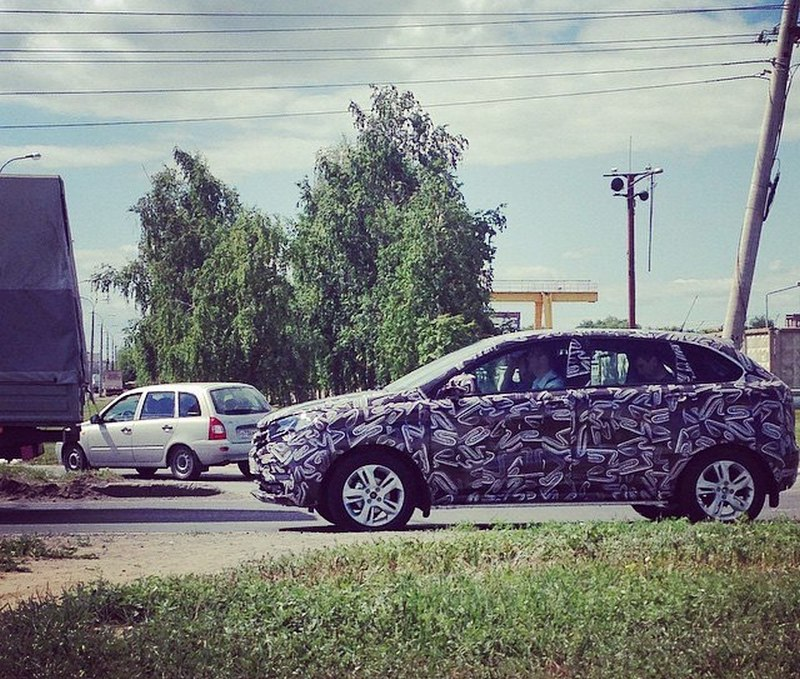Lada XRAY шпионское фото | АВТОВАЗ