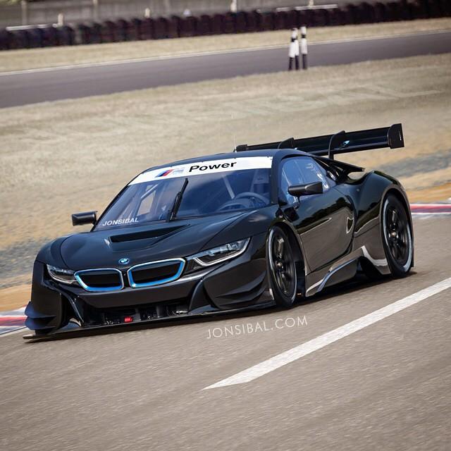 Появилось рендер-изображение гоночной модификации BMW i8 GT3