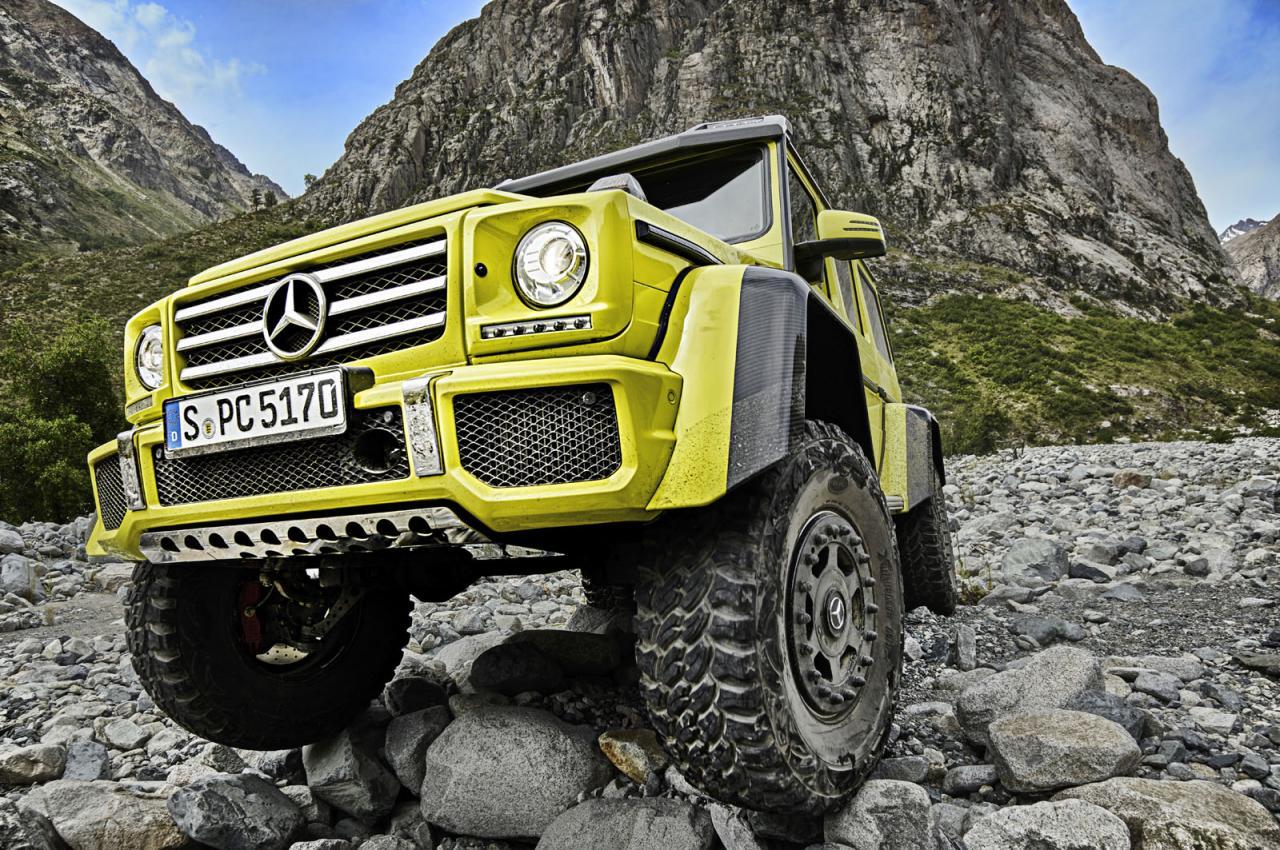 Появилось видео с концептуальным Mercedes-Benz G500 4×4 на пересеченной местности