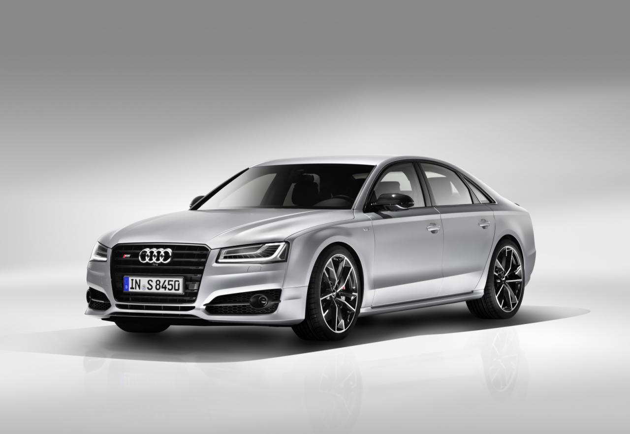Представлен 605-сильный Audi S8 Plus