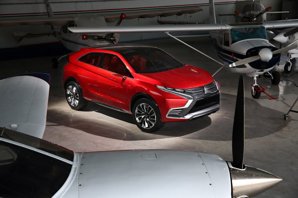 Представлен новый гибрид Mitsubishi XR-PHEV II