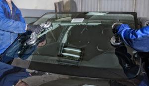 Услуга по замене лобового стекла