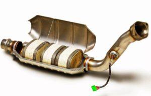 Удаление и замена катализаторов